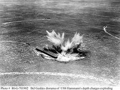 A massive bomb-burst rocks the USS Yorktown at the Battle of Midway. Uss Yorktown, German Submarines, Naval History, History Online, Felder, United States Navy, Navy Ships, Aircraft Carrier, Battleship
