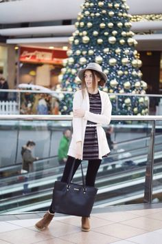 Christmas Shopping outfit #christmas #fashion #ootd