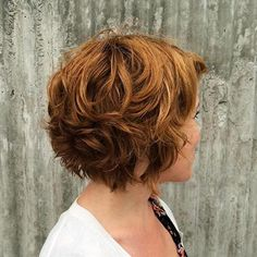 60 Layered Bob Styles: Modern Haircuts with Layers for Any Occasion - - Short Chestnut Brown Curly Hair Layered Bob Short, Haircuts For Wavy Hair, Short Layered Haircuts, Layered Bob Hairstyles, Short Hair With Layers, Modern Haircuts, Short Hair Cuts, Natural Wavy Hairstyles, Short Thick Wavy Hair