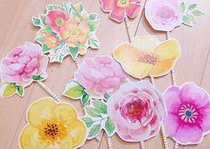 披露宴テーブルが、お花畑になる♡今流行りの『お花プロップス』が可愛すぎて今すぐ作りたい! Marriage, Keiko, Flowers, Handmade, Wedding, Patterns, Instagram, Mariage, Hand Made