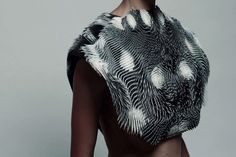 This creepy cape knows when someone is staring at your boobs – and responds: http://www.dazeddigital.com/fashion/article/26708/1/this-creepy-cape-responds-to-the-male-and-female-gaze