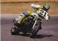 Eddie Lawson sideways on his Kawasaki Z 1000 Superbike (1982?)