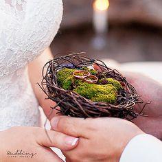 Wedding ring holder | Ring bearer | Rustic ring bearer | Ring holder | Nest ring holder | woodland ring holder | Moss ring bearer