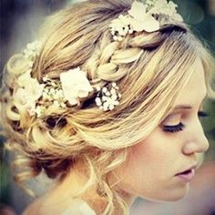 All The Boho #Wedding Inspiration You Could Possibly Need | Hair | Flowers