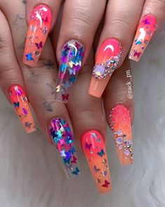 Want some ideas for wedding nail polish designs? This article is a collection of our favorite nail polish designs for your special day. Summer Acrylic Nails, Best Acrylic Nails, Acrylic Nail Designs, Nail Art Designs, Purple Nail Designs, Nail Swag, Nagel Bling, Fire Nails, Luxury Nails