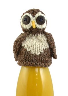 Innocent has been raising money for Age UK for 10 years now. Here's how you can help by knitting a cute owl hat for a smoothie Owl Knitting Pattern, Knitting Patterns Free, Knit Patterns, Free Knitting, Free Pattern, Knitted Owl, Knitted Hats, Knit Crochet, Crochet Toys