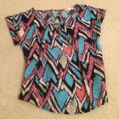 Cute printed shirt Beautiful for dressing up or dressing down. a'gaci Tops Blouses
