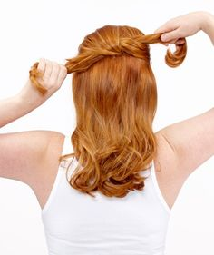How to Do an Easy Knot Up-Do