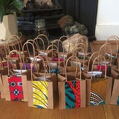 Items similar to custom quantity Wedding favour, wedding favor, party bag, small gift bag, African wax print on Etsy African Party Theme, African Wedding Theme, African Weddings, Nigerian Weddings, Traditional Wedding Decor, African Traditional Wedding, African Crafts, African Home Decor, Small Gift Bags