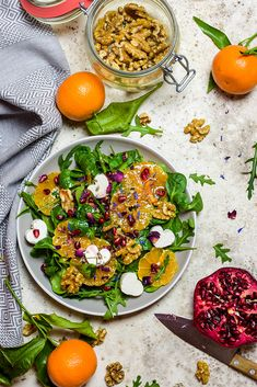 Wintersalat mit Granatapfel Clean Eating, Healthy Eating, Feta, Food Styling, Cobb Salad, Food Photography, Food And Drink, Cooking Recipes, Kitchen