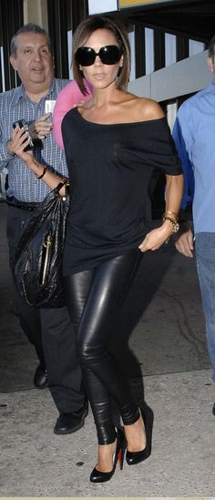 Victoria Beckham Black Leather Pants and Off the Shoulder Black Top. I WILL look this good in black leather pants if it kills me. Moda Victoria Beckham, Victoria Beckham Style, Victoria Beckham Dresses, Fashion Mode, Look Fashion, Womens Fashion, Petite Fashion, Curvy Fashion, Fall Fashion