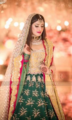Bridal Mehndi Dresses, Muslim Wedding Dresses, Bridal Dress Design, Bridal Outfits, Bridal Style, Asian Wedding Dress Pakistani, Pakistani Dresses, Pakistani Suits, Designer Bridal Lehenga