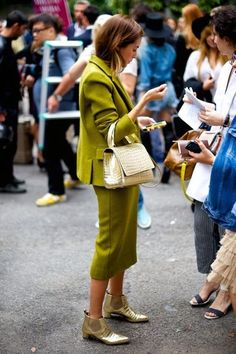 :fabulous green...but would look more chic with a heel: