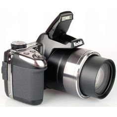 The Kodak AZ251 Silver Digital Camera is the perfect bridge camera to explore your love of photography.