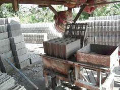 The Concret Block Machine - what a way to make a buck - Life in the Philippines Construction Business, Metal Projects, Concrete Blocks, Outdoor Furniture Sets, Outdoor Decor, Philippines, Things To Think About, Make It Yourself, Youtube