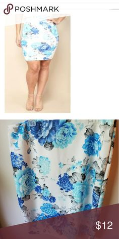 Plus size skirt White background with blue flowers, this is junior plus size so would fit like 18/20 or 2XL Skirts Midi