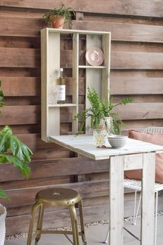 Diy Cardboard Furniture, Basement Furniture, Painted Furniture, Kitchen On A Budget, Diy On A Budget, Furniture Makeover, Diy Furniture, Coffee Chairs, Shed Interior