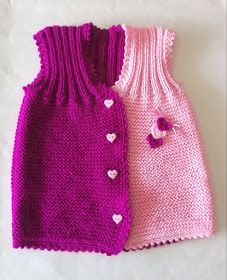 This Pin was discovered by Cem Kids Poncho Pattern, Knit Vest Pattern, Baby Knitting Patterns, Knitted Baby Cardigan, Hand Knitted Sweaters, Baby Sweaters, Diy Crafts Knitting, Diy Crafts Crochet, Handgestrickte Pullover