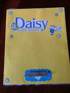 OCD Girl Scout Leaders: First meeting of Daisy Troop  @ELLE Magazine (US) & Bean have you seen this blog?! Full of fantastic ideas.