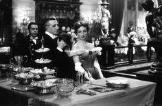 Vittorio De Sica and Danielle Darrieux in Madame de... (1953)
