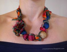 From a scarf to a necklace Crochet Necklace, Beaded Necklace, Fibre And Fabric, Diy And Crafts, Jewelry, Tutorial, Sewing, Google, Projects