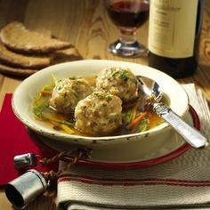 Unser beliebtes Rezept für Südtiroler Speckknödel-Suppe und mehr als 55.000 weitere kostenlose Rezepte auf LECKER.de.