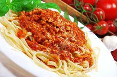 Bavette w mocnym sosie pomidorowym z indykiem i suszem konopi Super Silver Haze -podanie - Dieta Super Silver Haze Diet - Galeria - Trawka.org