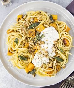 NEW:  Butternut Squash Bucatini with Ricotta & Sage Brown Butter - #MeatlessMonday Doesn't Get More Delicious Than THIS. #FamilyPastaTime [ad] . .  Click into bio for #recipe link or go to www.nospoonnecessary.com and search index #ontheblog  . .  #foodandwine #yahoofood #beautifulcuisines #todayfood #vscocam #huffposttaste #buzzfeedfood #vsco #vscofood #hautecuisines #instafood #feedfeed @feedfeed #buzzfeast #bhgfood #saveurmag #f52grams #EEEEEATS #thekitchn #foodphotography #foodblogfee...