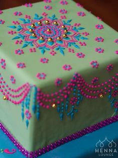 Paisley Cake Candies Amp Cakes Pinterest Cakes