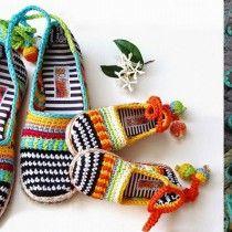 Fashion Bubbles - Moda como Arte, Cultura e Estilo de Vida Top Cropped de Crochê – Gráficos, receitas e inspiração de modelos