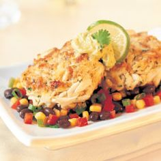 Phillips Foods Recipe: Chili Lime Crab Cakes with Chipotle Avocado Mayonnaise Crab Cake Recipes, Spicy Recipes, Seafood Recipes, Appetizer Recipes, Cooking Recipes, Avocado Mayonnaise Recipe, Chili Lime, Pasta, Foods With Gluten
