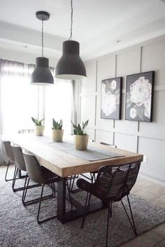 Modern Farmhouse Dining Table with Black Base and Natural To.- Modern Farmhouse Dining Table with Black Base and Natural Top Dining Room Table Decor, Dining Table Design, Modern Dining Table, Living Room Decor, Dining Sets, Dinning Table Decorations, Industrial Dining Rooms, Kitchen Dining Tables, Black Dining Tables