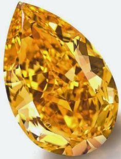 fancy vivid orange pear-shaped diamond -World's largest fancy vivid orange diamond Gems Jewelry, Stone Jewelry, Diamond Jewelry, Jewellery, Minerals And Gemstones, Rocks And Minerals, 3d Texture, Rare Gems, Cushion Cut Diamonds