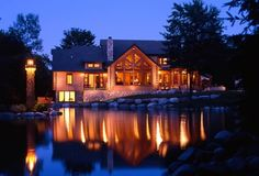 Spectacular lake home from Michigan Cedar Products!