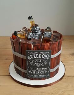 Jack Daniel's birthday cake by Agnieszka Czocher