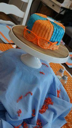 Blippi glasses and hat cake
