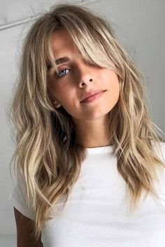 Waves & Wisps ❤ Want to go for stylish wispy bangs? Our short, soft fringes for long hair, shoulder length bob with layers and thin side swept bags, and ideas for round faces are here to inspire you! ❤ bob hairstyles with layers fringes Long Fringe Hairstyles, Frontal Hairstyles, Hairstyles Haircuts, Bob Haircuts, Wedding Hairstyles, Latest Hairstyles, Long Shaggy Haircuts, Mid Length Hairstyles, Celebrity Hairstyles