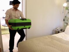 This brilliant inflatable #suitcase will solve all your packing worries. #travel #luggage