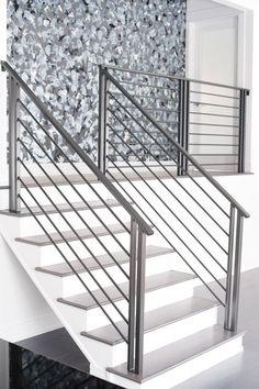 Modern metal railing: modern wrought iron railing smw, modern metal stair railings interior stairs design ideas, category: bathroom design home bunch interior design ideas Stairway Railing Ideas, Staircase Railing Design, Outdoor Stair Railing, Interior Stair Railing, Modern Stair Railing, Balcony Railing Design, Staircase Handrail, Iron Stair Railing, Modern Stairs