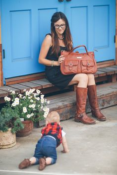 """""""...only once you give yourself permission to stop trying to do it all, to stop saying yes to everyone, can you make your highest contribution towards the things that really matter."""" Greg McKeown  Lily Jade diaper bags want to help you do just that! Click to purchase the Elizabeth in Camel!"""