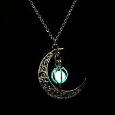 Fashion Luminous Glow In the Dark Necklace Sailor Moon Pendant Necklace For Women Heart Necklace