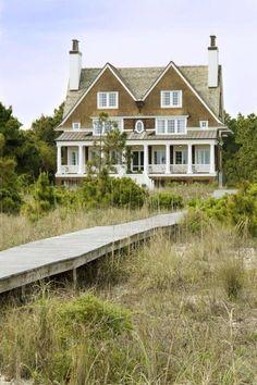Love love love this Shingle style beach house!