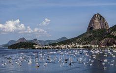 https://flic.kr/p/Cp8rqf | O charmosinho bairro da Urca aos pés do Pão de Açúcar com a Enseada de Botafogo... | Rio de Janeiro, Brasil.  Desejo à todos um ano de 2016 maravilhoso, e que todos os políticos corruptos deste país morram ainda este ano!  Desejos singelos sempre se realizam... ;-)  ______________________________________________  The charming Urca neighborhood at the footsteps of Sugar Loaf with Botafogo Bay...  Rio de Janeiro, Brazil.  wishing to all a wonderful year of 2016, and…