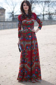 Street Style Paris Fashion Week - Street Style Photos from PFW - Elle - Love this print Fashion Week Paris, 70s Fashion, Modest Fashion, Look Fashion, Fashion Photo, Fashion Ideas, Fashion Quotes, Vintage Fashion, Fashion Outfits