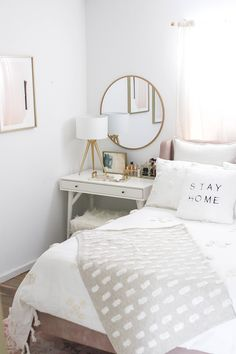 Nice Deco Chambre Style Scandinave that you must know, You?re in good company if you?re looking for Deco Chambre Style Scandinave Bedroom Apartment, Home Decor Bedroom, Bedroom Plants, Bedroom Inspo, Bedroom Retreat, Bedroom Design Inspiration, Design Ideas, Stylish Bedroom, Feminine Bedroom