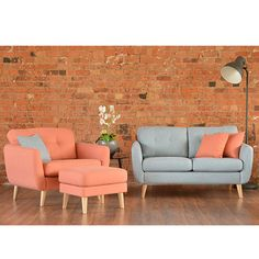 The Shenton range provides a modern twist on a mid-century style with tapered beech legs and reversible buttoned back cushions and seat cushions which add extra style. This adaptable range has enough options to fit every space in your home including a ver