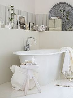 white and grey #bathroom