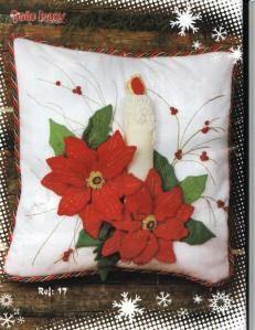 Resultado de imagen de cojines navideños 2014 Felted Wool Crafts, Felt Crafts, Diy And Crafts, Christmas Cushions, Christmas Pillow, Christmas Sewing, Christmas Crafts, Christmas Ornaments, Christmas Makes