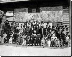 Osmanlı Dönemi bir okul. - 1890 Öğretmenler ve öğrencileri.