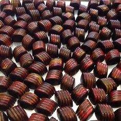 Fuego Ancho & chipotle chiles • Mexican vanilla bean • 62% dark chocolate #designerchocolates #luxury